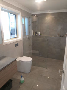 bathroom renovation - Lakelands