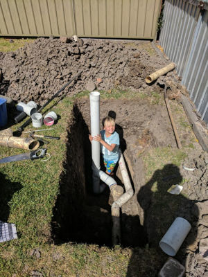 little helper collapsed sewer shaft repair - Warners bay , Lake Macquarie